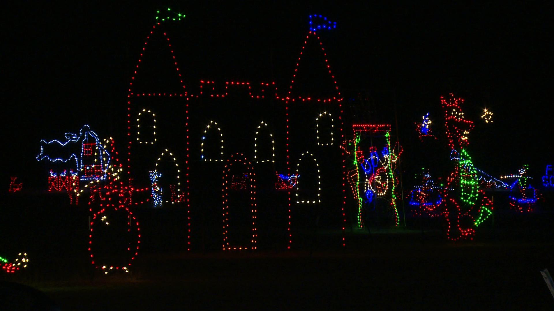 christmas lights at don strange ranch